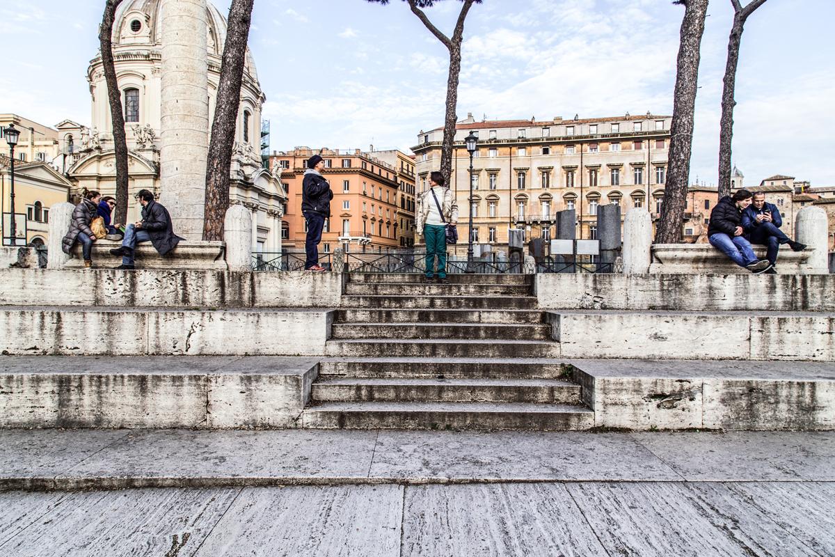 inizio giornata a piazza venezia altare della patria, piazza della madonna di Loreto, con street photo fi Roma