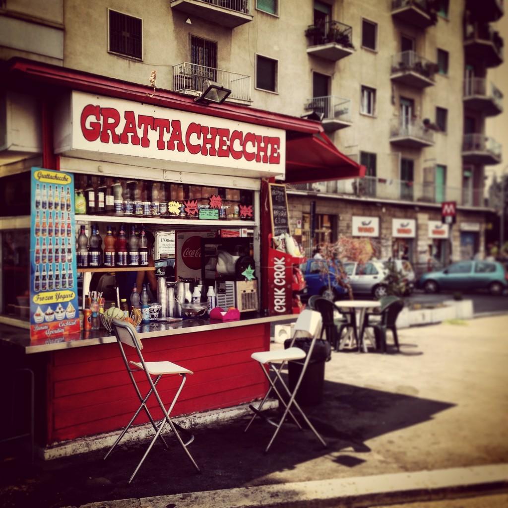 grattachecca a roma, ghiaccio fresco contro il caldo di Roma