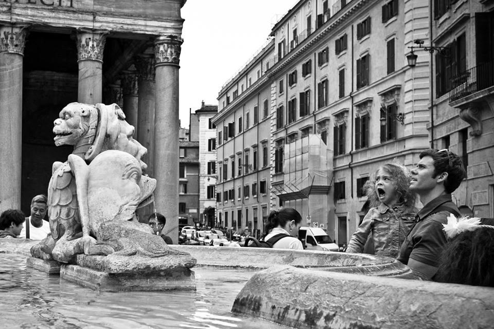 Roarrrrr - Roma Street Photography - © Roberto Caldarella