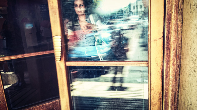Open the door - Roma Street Photography - Pic by Massimiliano_V_Photographer