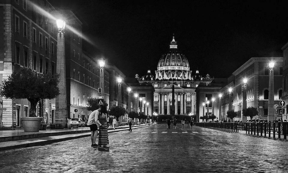 San Pietro, di notte - © Mauro Carfagna