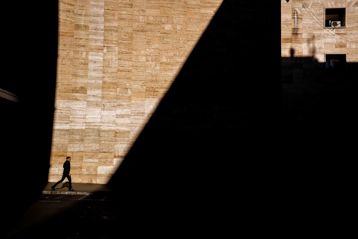 Stazione Termini - Roma Street Photography - FujiX70