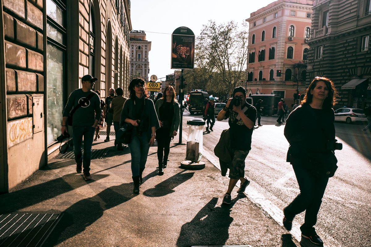 Walk & Shot - Roma Street Photography